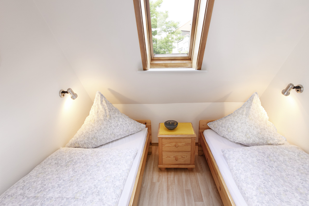 Ferienwohnung Borkum Schlafzimmer 2 | Ferienwohnungen in ...