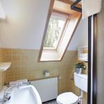 Ferienwohnung Hooge - Duschbad mit WC | Ferienwohnungen Büsum Haus Sonnenschein
